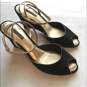 Louis Vuitton Ankle strap black suede wedge 41